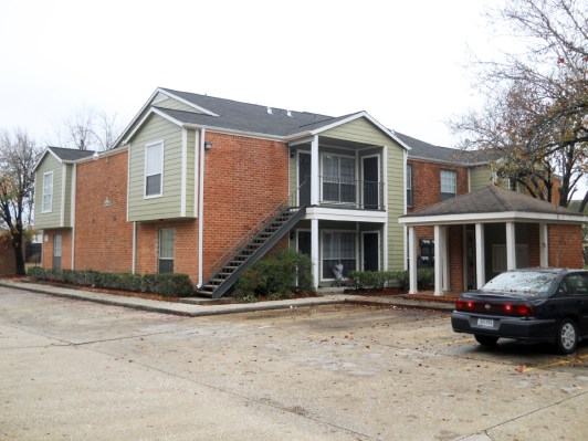 Exterior at Listing #266547