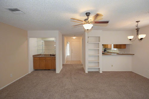 Living/Dining at Listing #141317