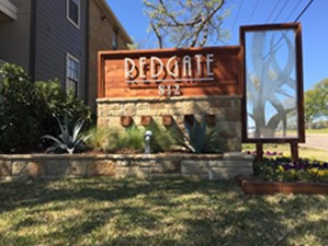 Redgate at Listing #136886