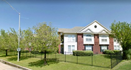 Exterior at Listing #139470