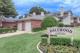 Dalewood Townhomes at Listing #211975