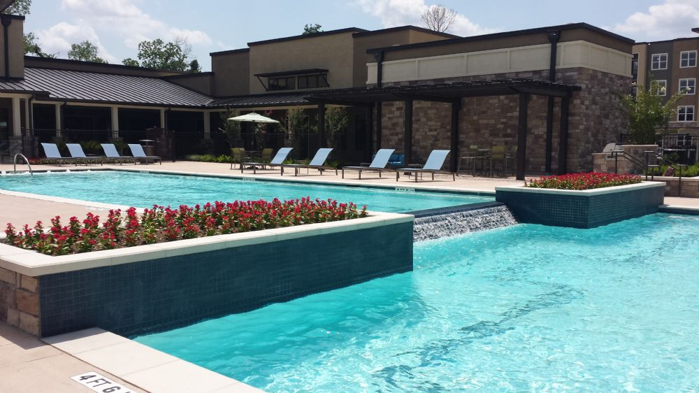 Pool at Listing #262502