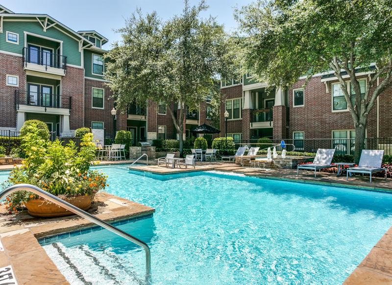 Pool at Listing #144142