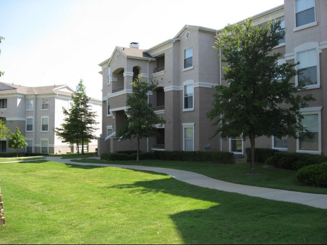Reserve at Las Brisas Apartments , TX