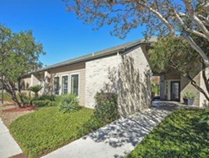 Exterior at Listing #140859