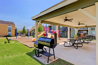 Picnic Area at Listing #139818