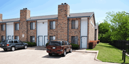 Exterior at Listing #136622