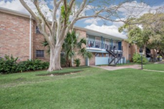 Exterior at Listing #138427