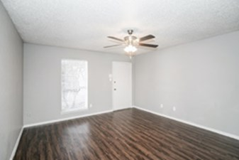 Living at Listing #137207