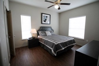 Bedroom at Listing #286665