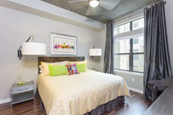 Bedroom at Listing #150055