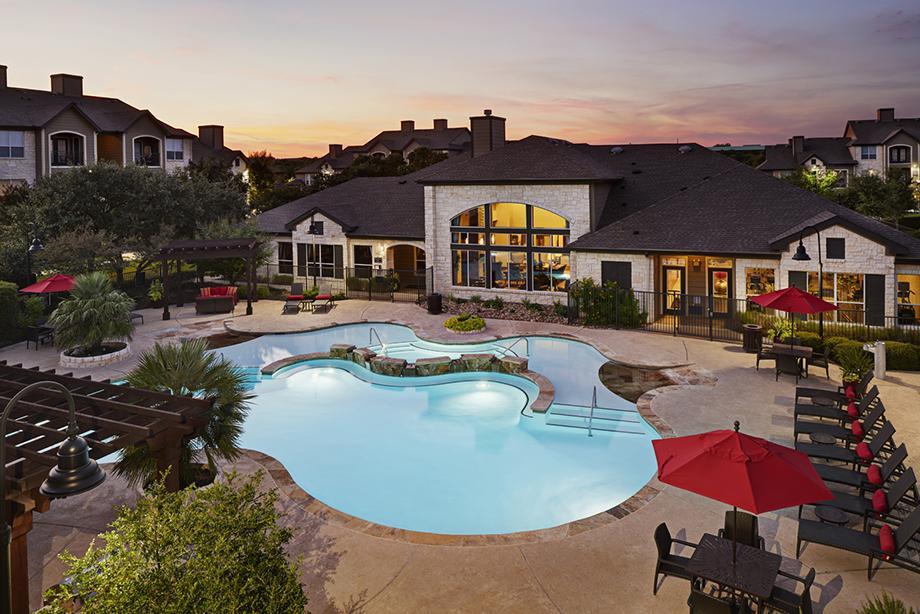 Camden Amber Oaks I Apartments Austin TX