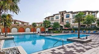 Cortland La Villita Apartments Irving TX