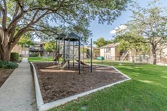 Playground at Listing #140964