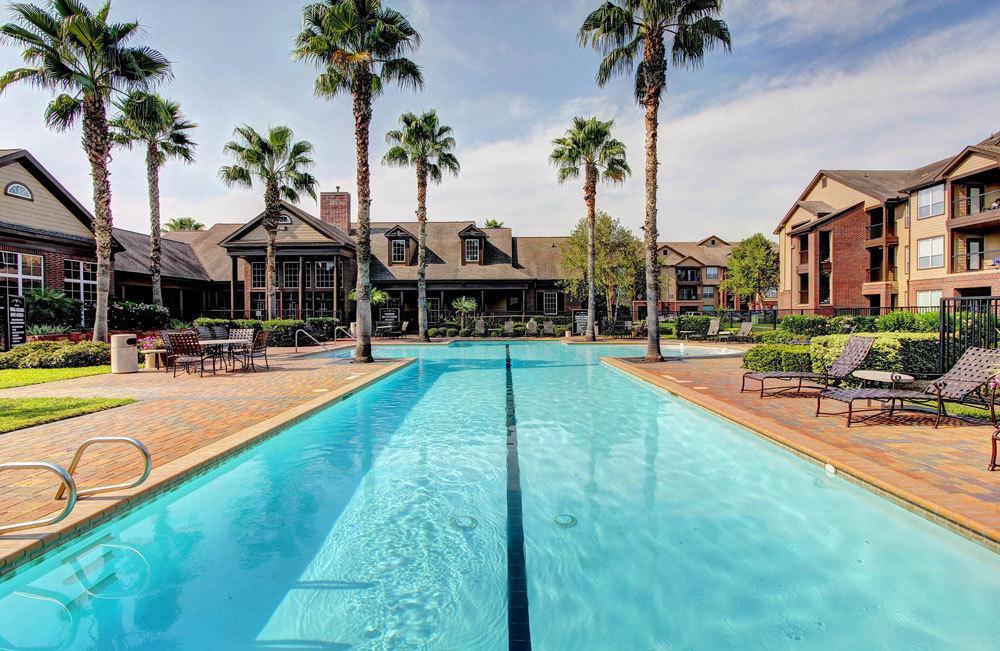 Pool at Listing #144197