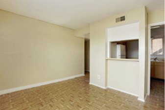 Living at Listing #139803