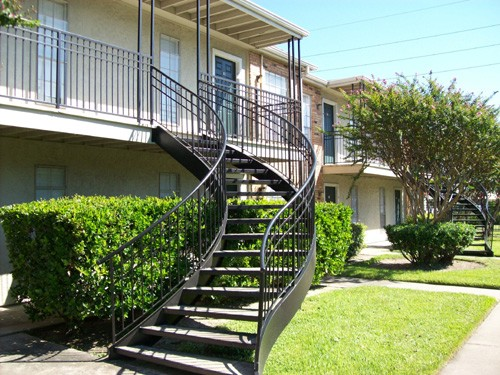 Exterior at Listing #139056