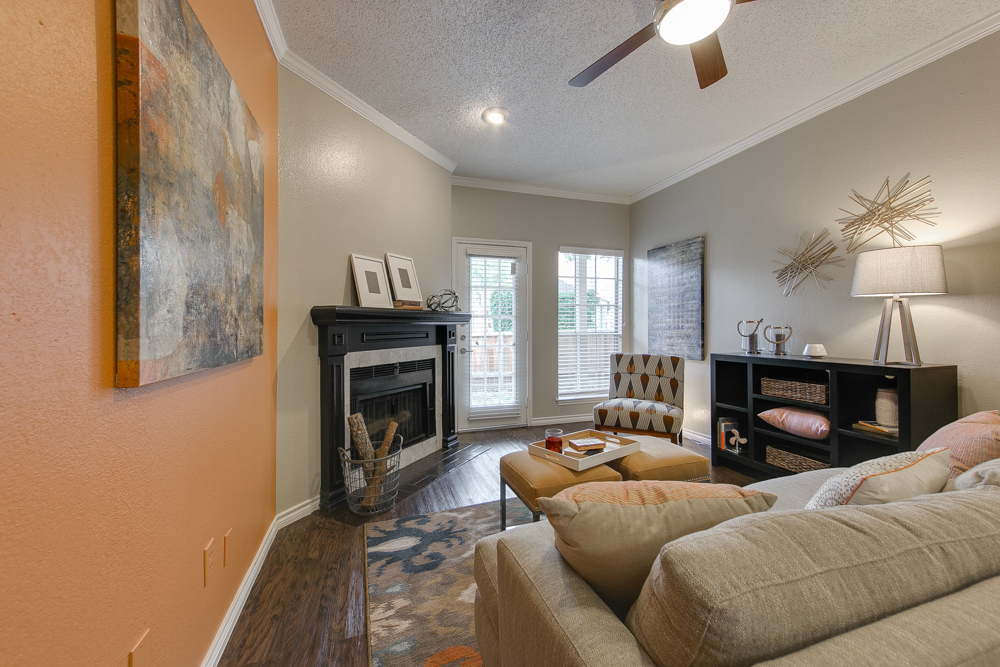 Living at Listing #135737
