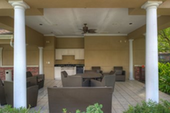 Lounge at Listing #145059