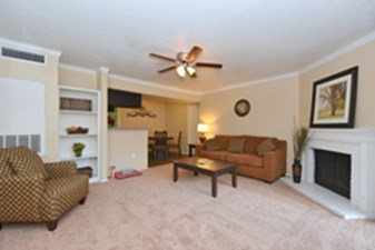 Living Room at Listing #138509