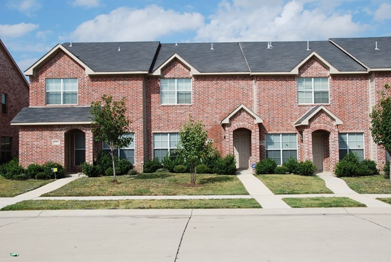 January Lane Grand Prairie 1400 For 3 4 Bed Apts