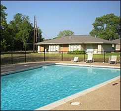 Pool at Listing #140297