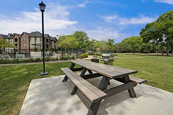 Picnic Area at Listing #140126