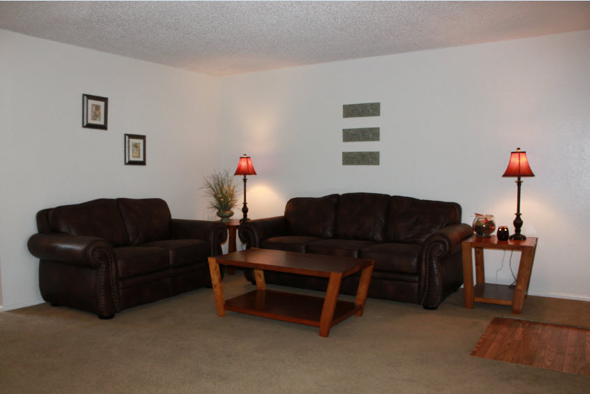 Living at Listing #141329