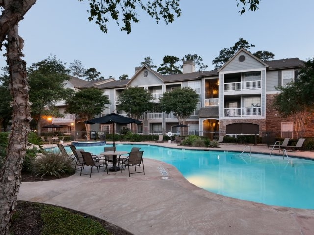 Pool at Listing #138552