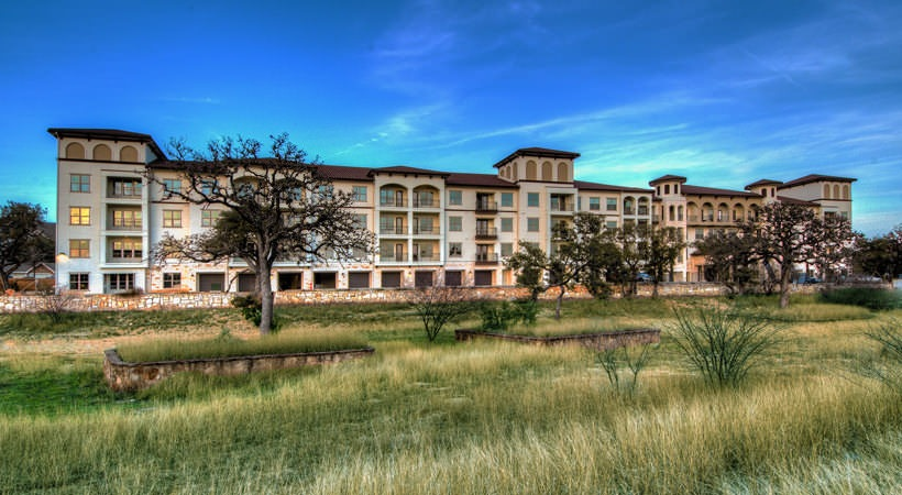 Overture Stone Oak Apartments