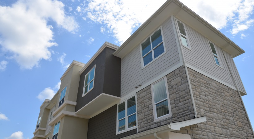 Exterior at Listing #266387