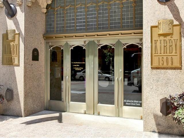 Entrance at Listing #137981