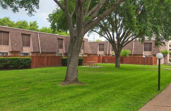Resort TownhomesStaffordTX