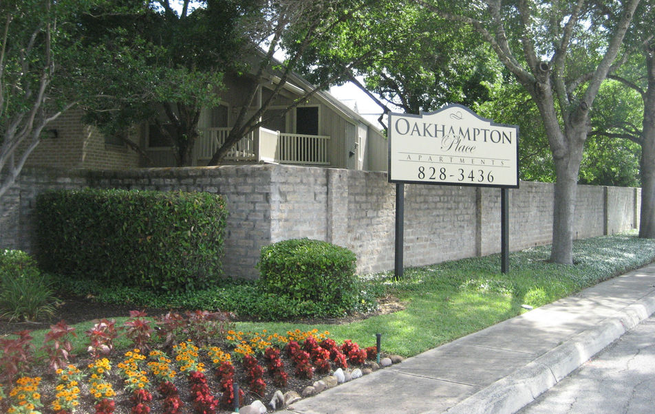 Oakhampton Place Apartments San Antonio TX