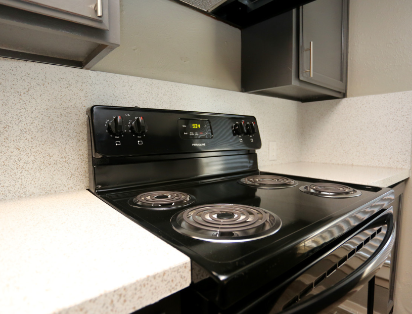 Kitchen at Listing #136561