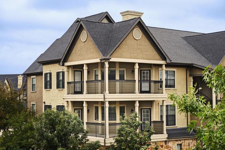 Camden Riverwalk I & II Apartments