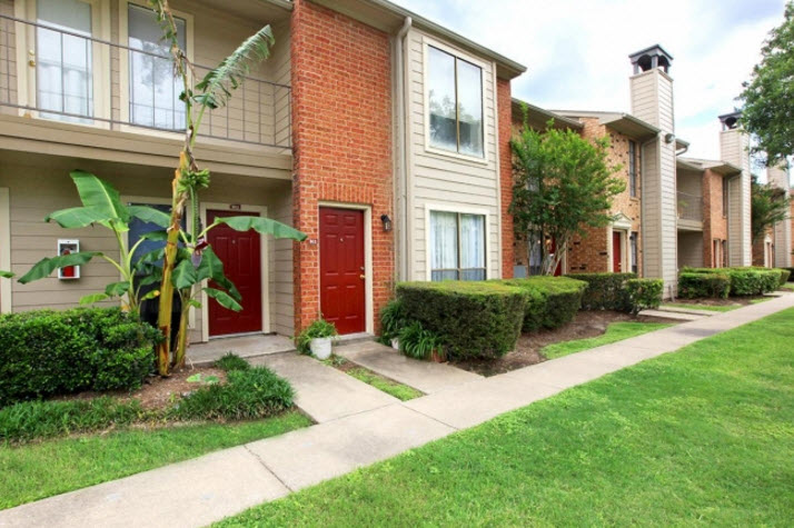 Place at Green Trails Apartments Katy TX