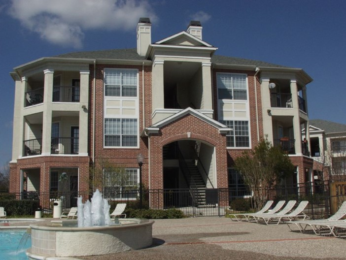 Clearwater Creek Apartments
