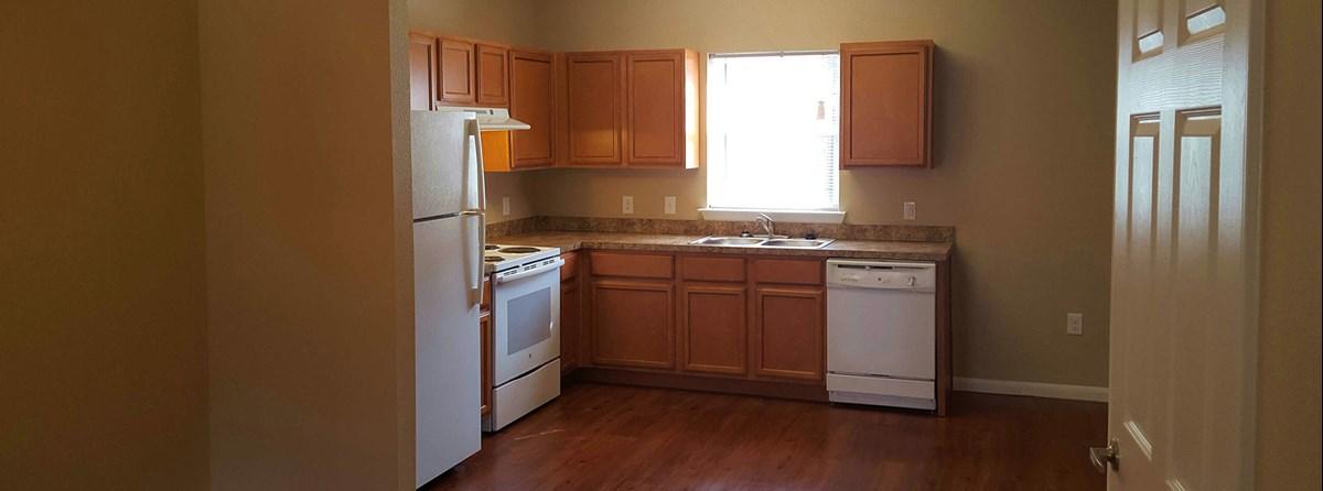 Kitchen at Listing #288775