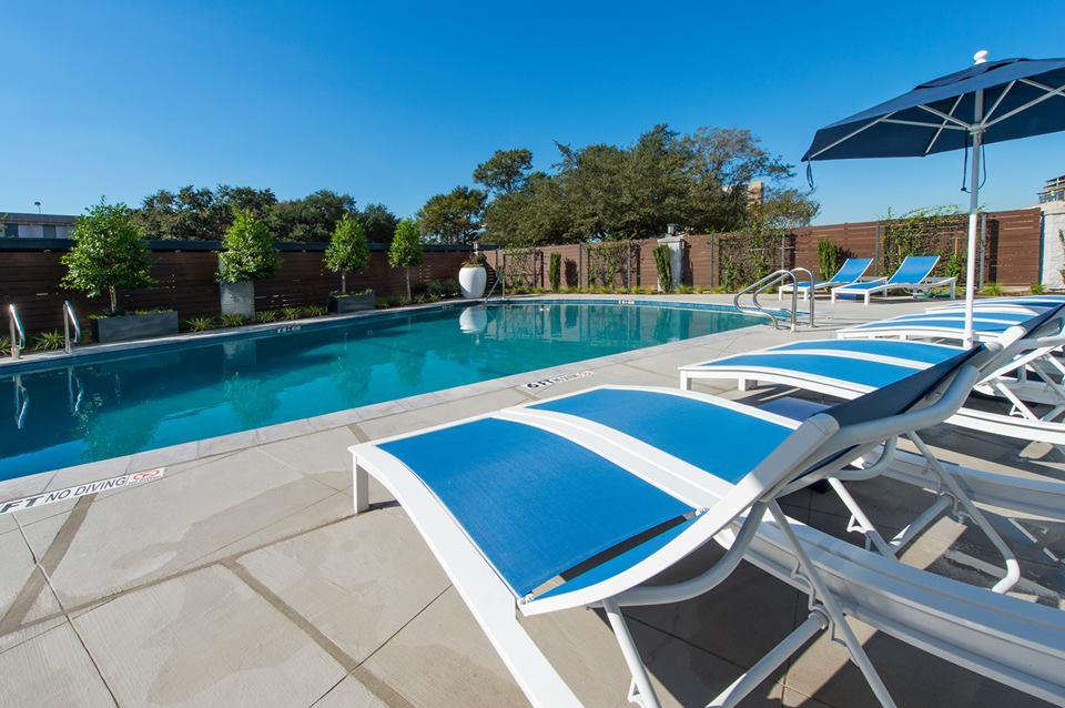 Pool at Listing #139115