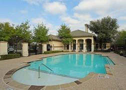 Mariposa Villas Apartments Dallas TX