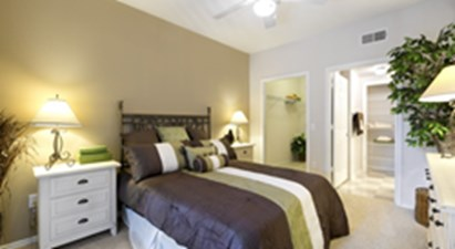 Bedroom at Listing #140754