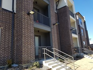 Exterior at Listing #289211
