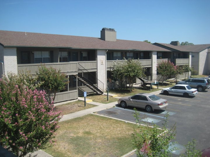 Laurel Heights ApartmentsNew BraunfelsTX