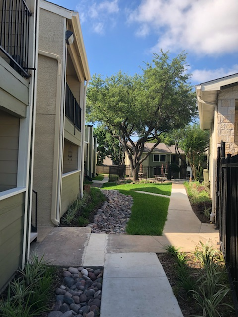 Exterior at Listing #135852