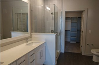 Bathroom at Listing #279716