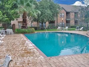 Pool at Listing #141370