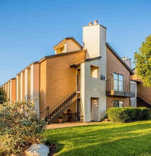Apartments In Garland: Amber Creek Apartments Garland