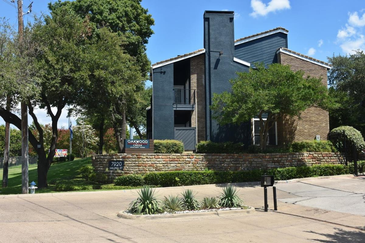 Oakwood Creek Apartments Dallas TX