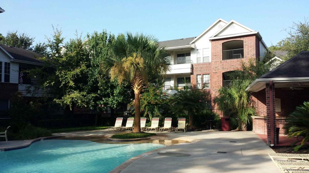 Pool at Listing #138678